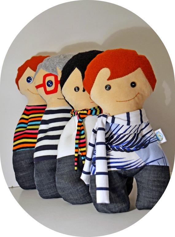 giochi-bambole-con-le-mani-in-tasca-sempre-8178991-dsc0215ovale-9ee4c5-0ce25_570x0